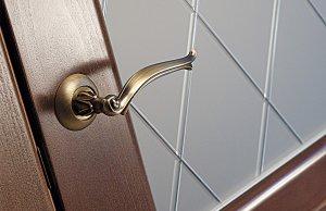 Дверь Ирина цвет Орех