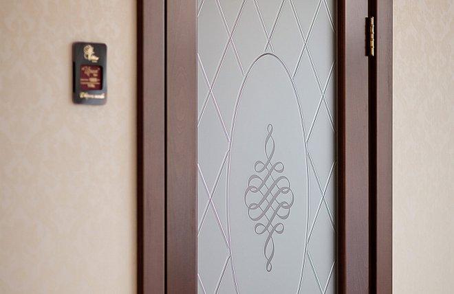 Дверь Ирина оформение стеклом